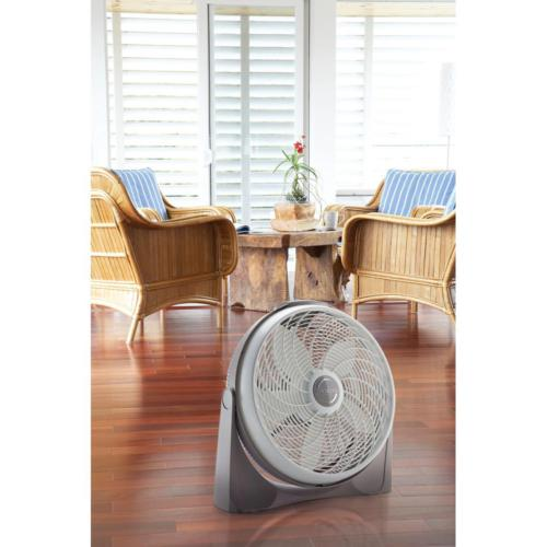 20 cyclone with remote control   fan wall mount new